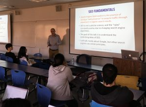 Bob explaining SEO best practices to students during his recent guest speaking event at San Jose University.